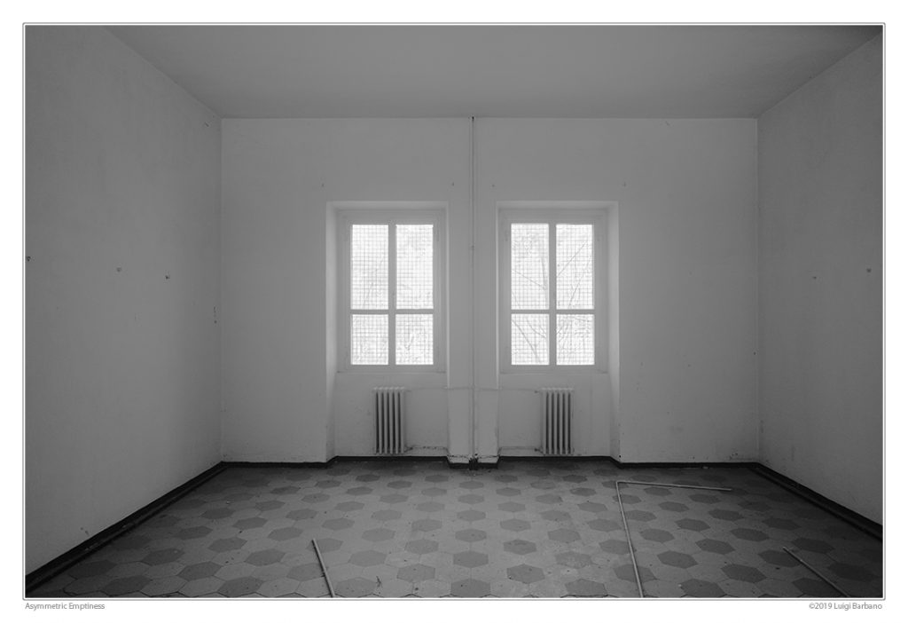 Honorable Mention 14th Spider Award. Asymmetric Emptiness by Luigi Barbano